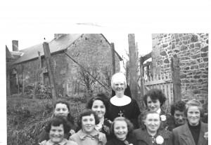 1962-1963 balade avec Soeur Geneviève pour les grandes